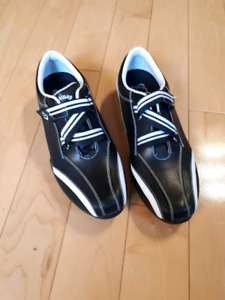 Brand New Callaway Ladies Golf Shoes