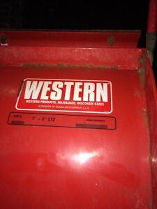 7.5 FOOT WESTERN ULTRAMOUNT PLOW FOR  $3900