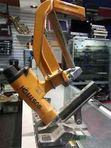 Bostitch Hardwood Fooring Cleat Nailer. We sell Tools. 31409 (1)
