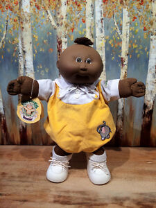 Vintage 1985 Cabbage Patch Kid Preemie 'Nicholas Edwin' MIB Cambridge Kitchener Area image 4