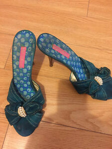 Shoes/Heels size 10 $20  for one