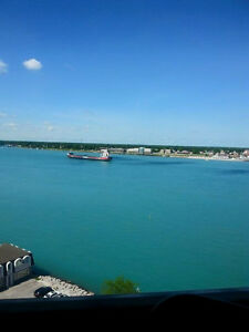 Fully furnished-  Short term January to April -River views Sarnia Sarnia Area image 5