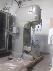 Mixer Hobart 140 qt
