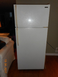 Frigidaire - frost free