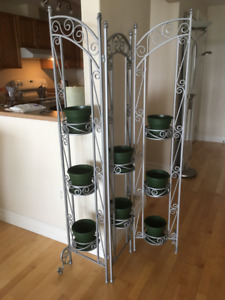 Plant Stand / Divider