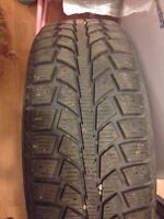 4 X UNIROYAL Tiger Paw 185/60R15 in good condition