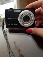 Mint condition Casio Exilim camera for sale!