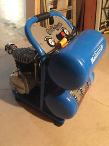 Almost new 5 Gallon Air Compressor
