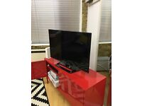 "LG 37LS570T 37"" SMART LED TV full HD with wifi dongle and extra Aerial"