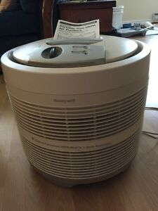 Honeywell Hepa Air Purifier with Intelcheck Filter Indicator