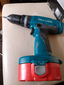 Makita Drill with carry case and charger