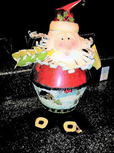 Bouncy Tin Santa