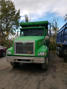Camion 12 roues International 1999
