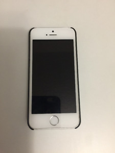 iPhone 5s 16gb, comes with case, in good condition