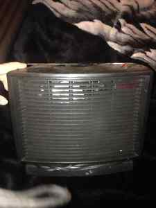 2 heaters - 15$ for both. London Ontario image 1