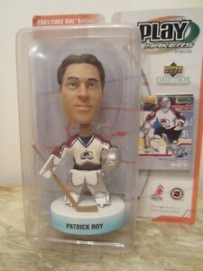 2001/02 UPPER DECK PLAY MAKERS BOBBLE HEAD - PATRICK ROY