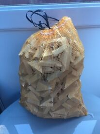 CARROT BAG SIZE BAGS OF OFF CUT DRY WOOD
