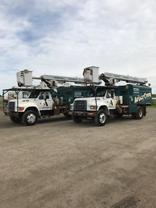 1998 Ford F800 Forestry Bucket Truck with Altec LRV55 Boom