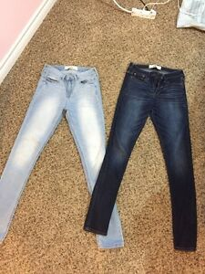 Size 7 High Waisted Hollister Jeans