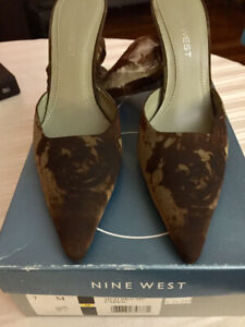 Nine West Size 7 Great Condition !