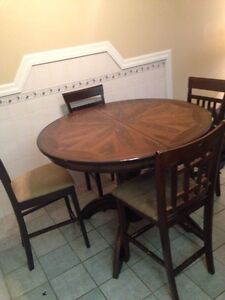 Dining room table and chairs $200 OBO Edmonton Edmonton Area image 2
