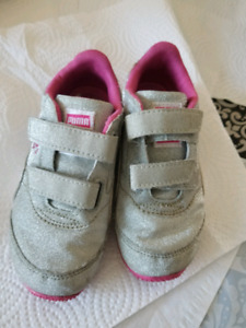 Souliers filles Puma, peppa peg et hello kitty