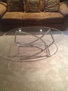 Coffee and side tables for sale!