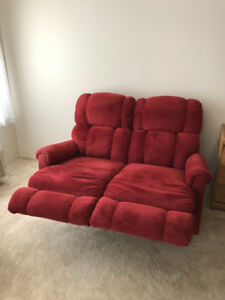 Laz-y-Boy Power Reclining Love Seat