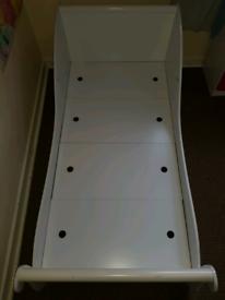 Unisex sleigh bed