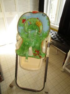 Chaise haute,RainForest,par Fisher Price