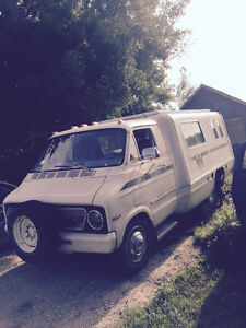 1974 dodge winnibego  PROJECT camper
