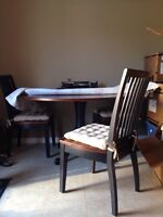Great Deal on 5ft Round Table and 6 Chairs