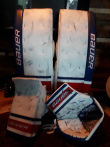 Bauer One9 Goalie Pads and Gloves - Trade
