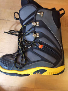DC Snowboard Boots Size 13
