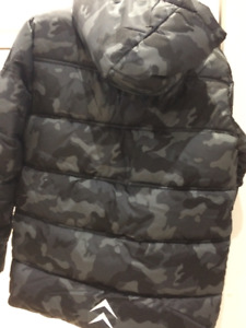 ❄️ BRAND NEW BOYS JACKET army camouflage WITH TAGS , size 7/8