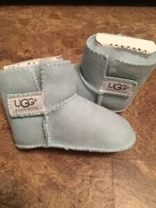 UGG baby booties - NEW, sz.12-18 mos, excellent cond