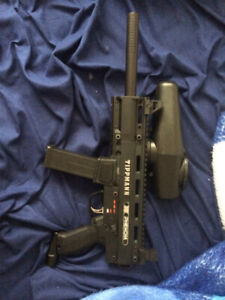 SOLD !!Tippmann X7 Phenom paintball gun