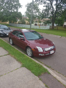 2007 Ford Fusion LES AWD - Low Mileage and Lady Driven