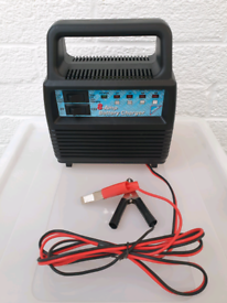 Brand New 8A Hilka Car Battery Charger
