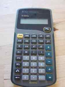 Calculatrice Texas instruments TI-30Xa