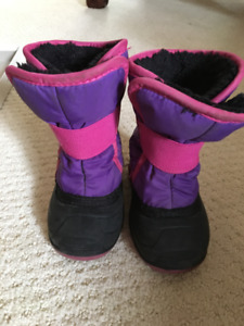 Size 6 Winter boot