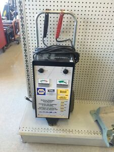 Napa power surge 300 amp battery charger  Edmonton Edmonton Area image 1