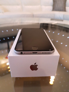 Iphone 6 16 Gb and Otterbox case mint with Bell