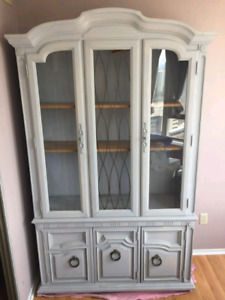 White solid wood hutch