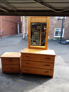 Pine Bedroom Set, Dresser with Mirror and Side Table