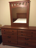 MOVING! BEDROOM SET FOR SALE!