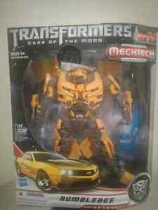 Leader class bumblebee transformers