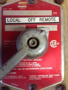 Crouse Hinds Explosion Proof Switch DSFS925 Kitchener / Waterloo Kitchener Area image 6