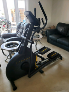 Livestrong Elyptical Machine