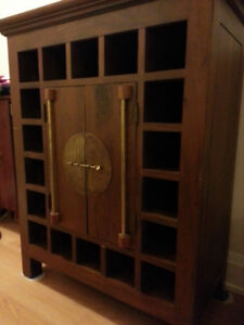Solid Wood Bar Cabinet and Wine Storage
